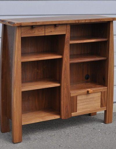 egger-laut bookcase-custom furniture
